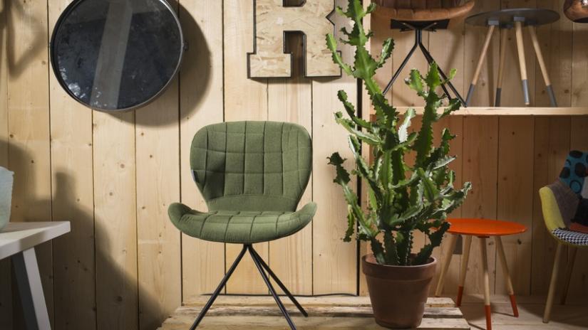 miętowe krzesło tapicerowane