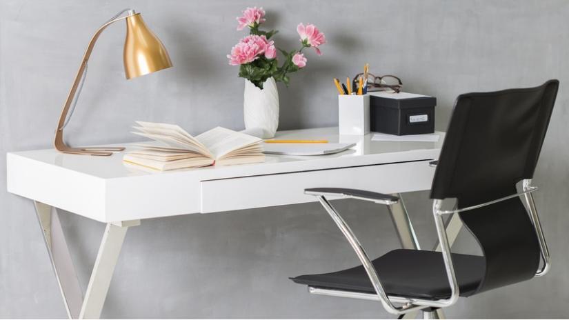 krzesło na kółkach biurowe
