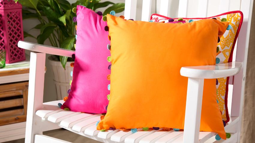 Pomarańczowe poduszki