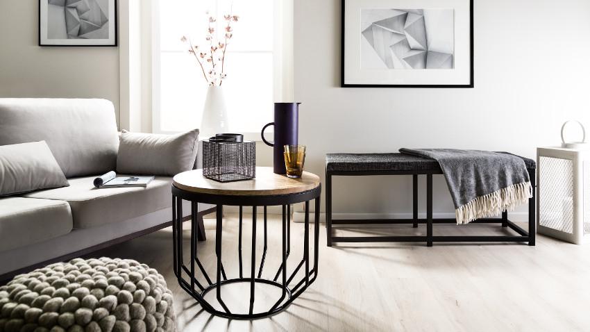 Stolik stalowy