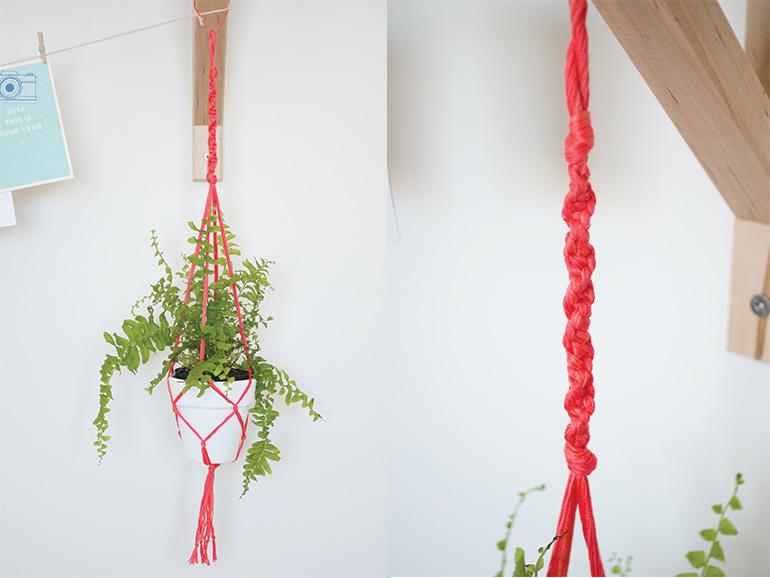 Westwing-Floating Flowers, piękne doniczki wiszące na czerwonych sznurkach