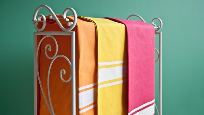 Stojący wieszak na ręczniki