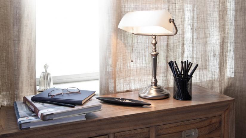 lampy kolonialne do salonu