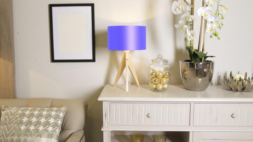 lampa niebieska stojąca