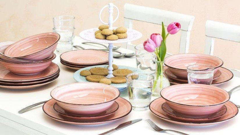 Romantické ružové taniere