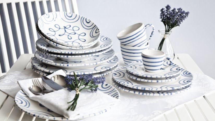 Modro-biele nadčasové taniere