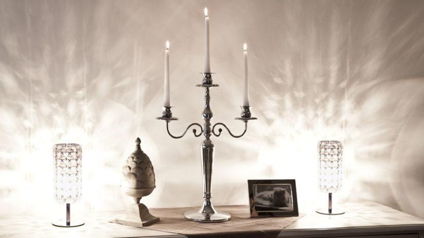 Dizajnová kovová dekorácia