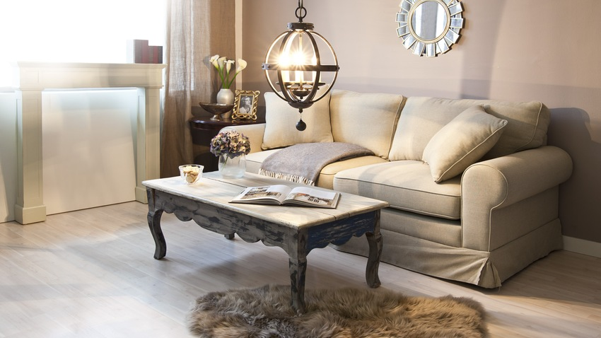 Rustikálny stolík
