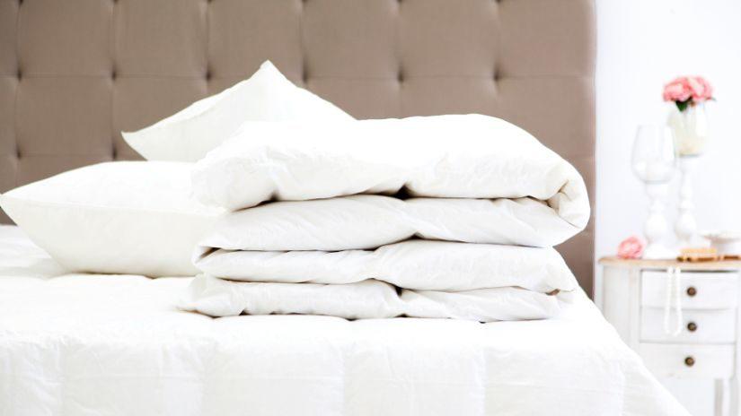 Kvalitná kožená posteľ