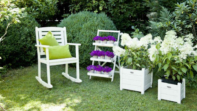 Záhradná drevená stolička