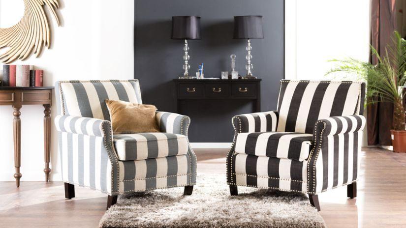 Hrubý béžový koberec