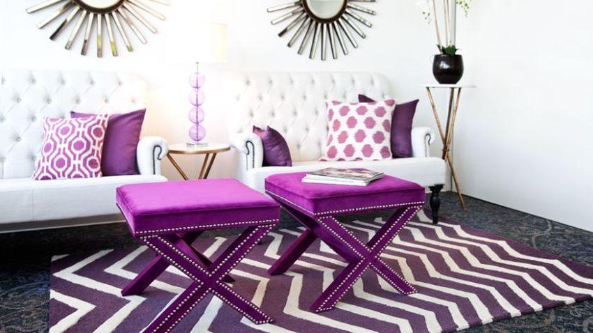 Fialový koberec