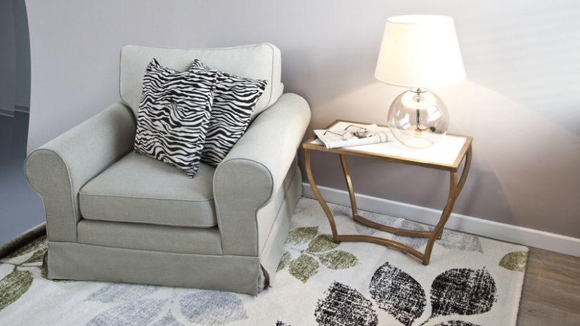 Béžový vlnený koberec