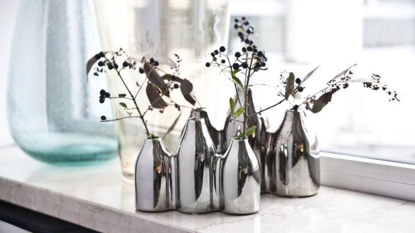 Strieborné vázy s originálnym tvarom