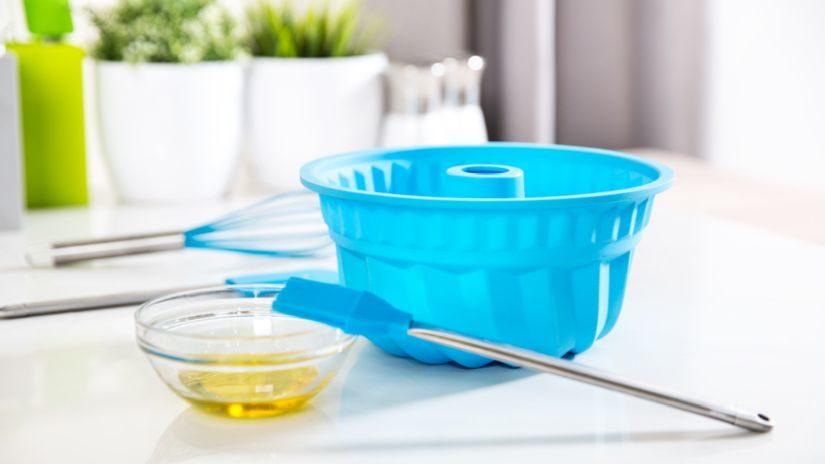 Modrá plastová forma na pečenie