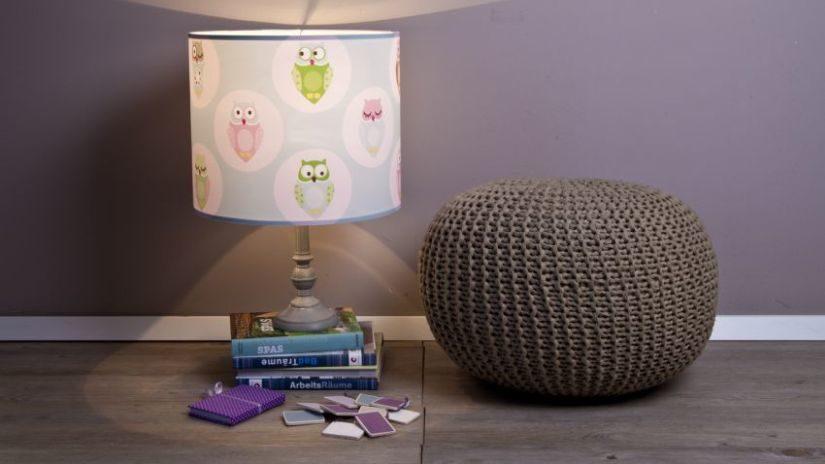 Modrá detská lampa s obrázkami