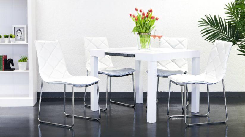 Biele kožené jedálenske stoličky
