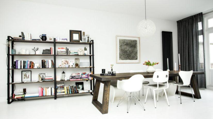 Moderné biele jedálenske stoličky