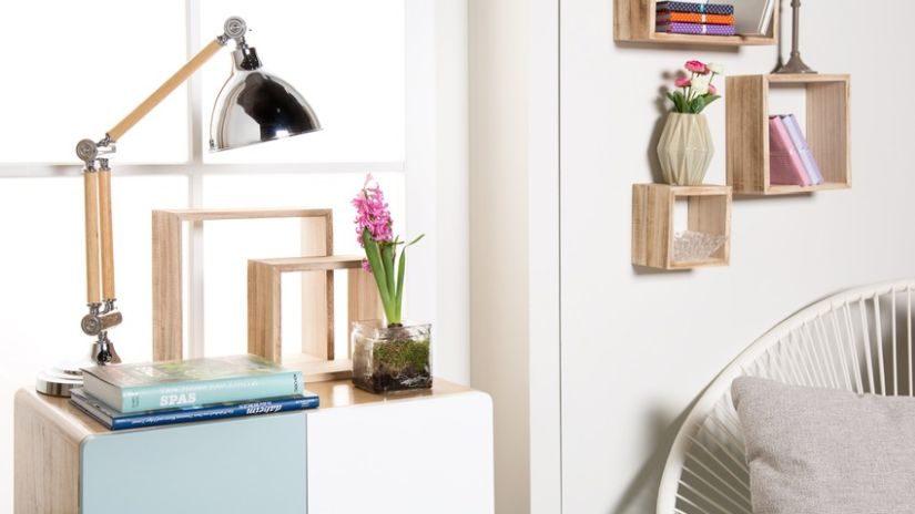 Drevený nábytok do kancelárie