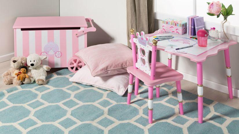 Tyrkysový koberec do detskej izby