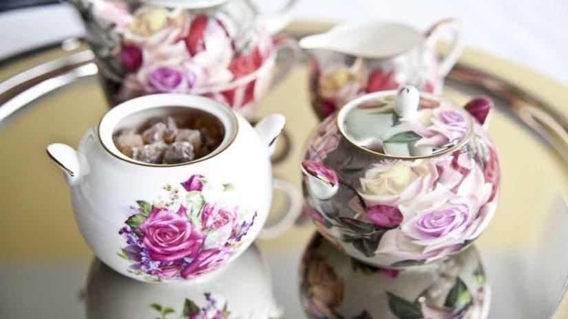 Štýlová kvetinová cukornička