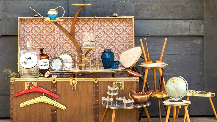 Konferenčný stolík vintage