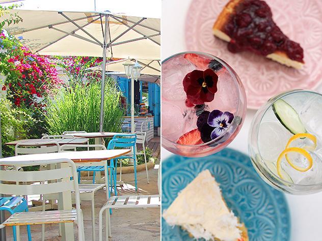 Desayuno, brunch, comida, merienda o cena. En este restaurante valenciano piensan en todo y en todos, por lo que también ofrecen gran variedad de coloridos combinados para disfrutar en su terraza.