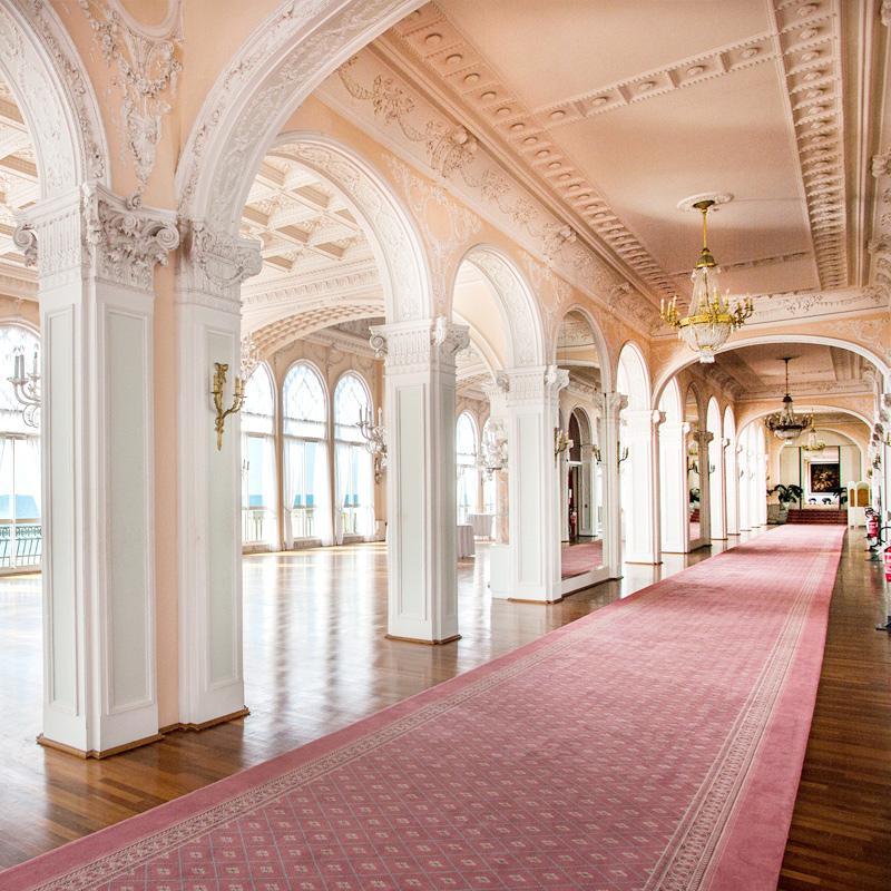 Un'altra suggestiva immagine della Sala Stucchi.