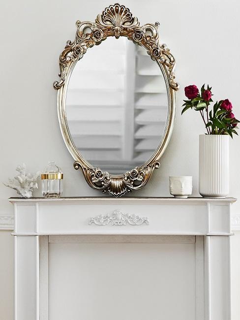 Heritage Style Kaminkonsole und goldener verschnörkelter Spiegel