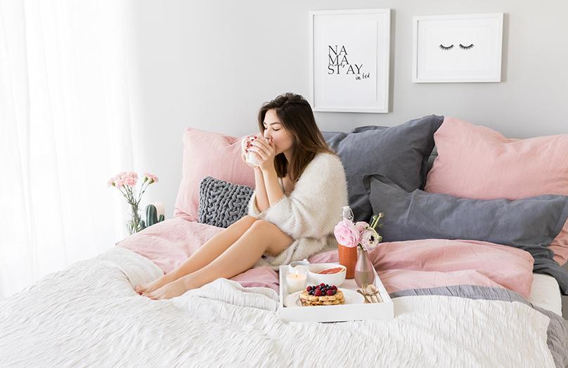 Užijte si den v posteli