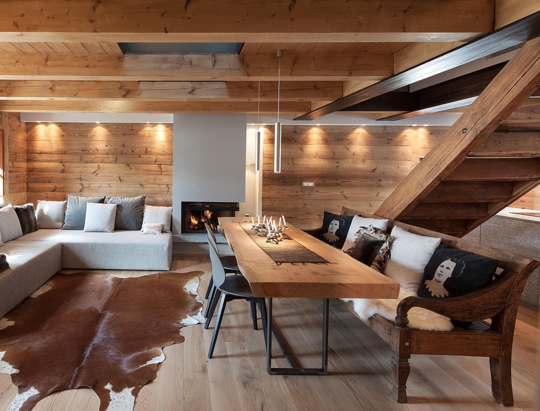 Lampadari Per Case Di Montagna.Chalet Di Design Aosta Stile Rustico Montagna Westwing Magazine