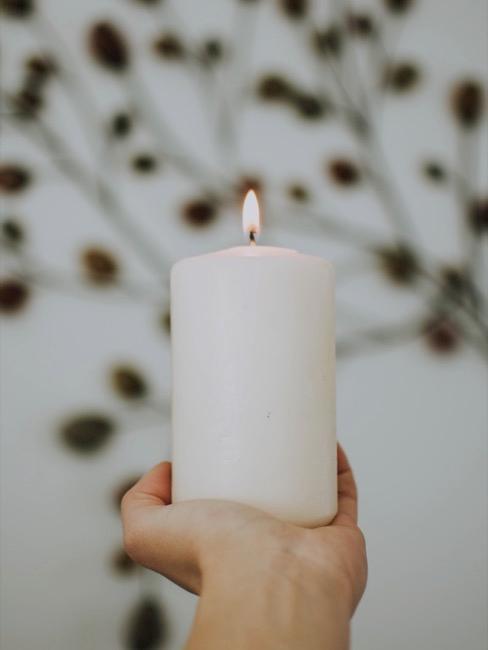 Windlichter basteln mit Kerzen