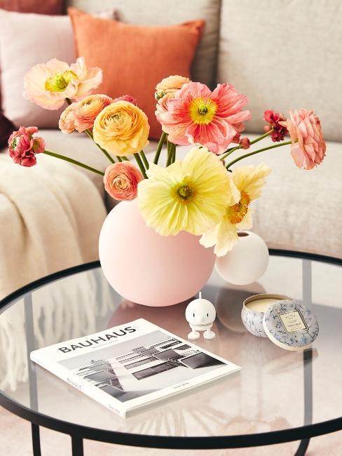 table basse bouquet de fleurs