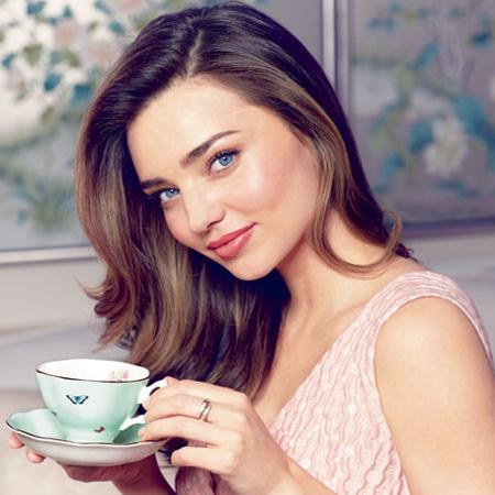 Miranda Kerr y Royal Albert