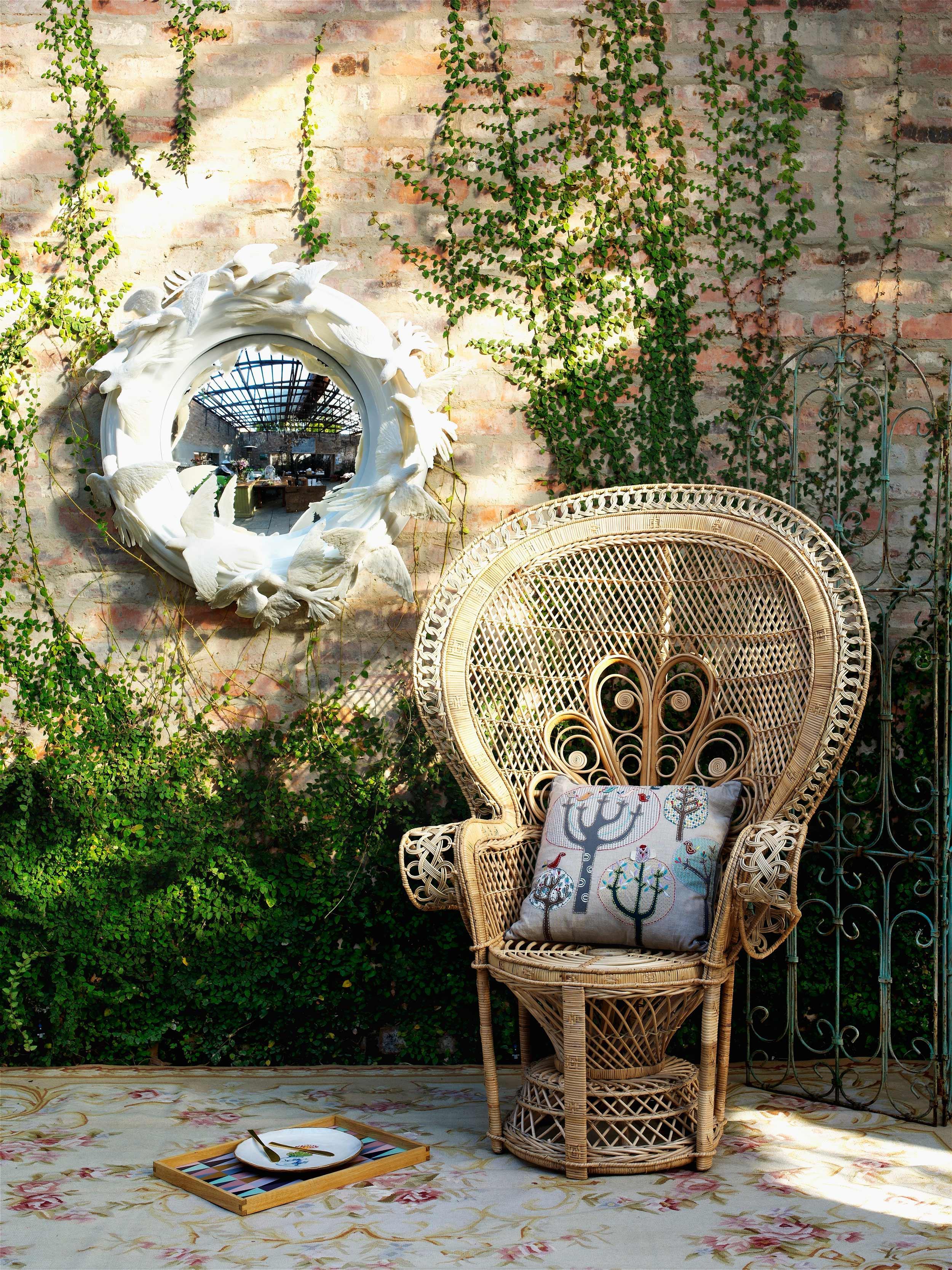 3.silla-emmanuelle_10-piezas-clave-que-tu-terraza-está-pidiendo_WESTWING-MAGAZINE