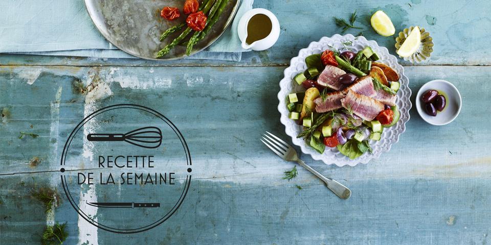 Recette : Thon grillé & Salade de concombres et tomates