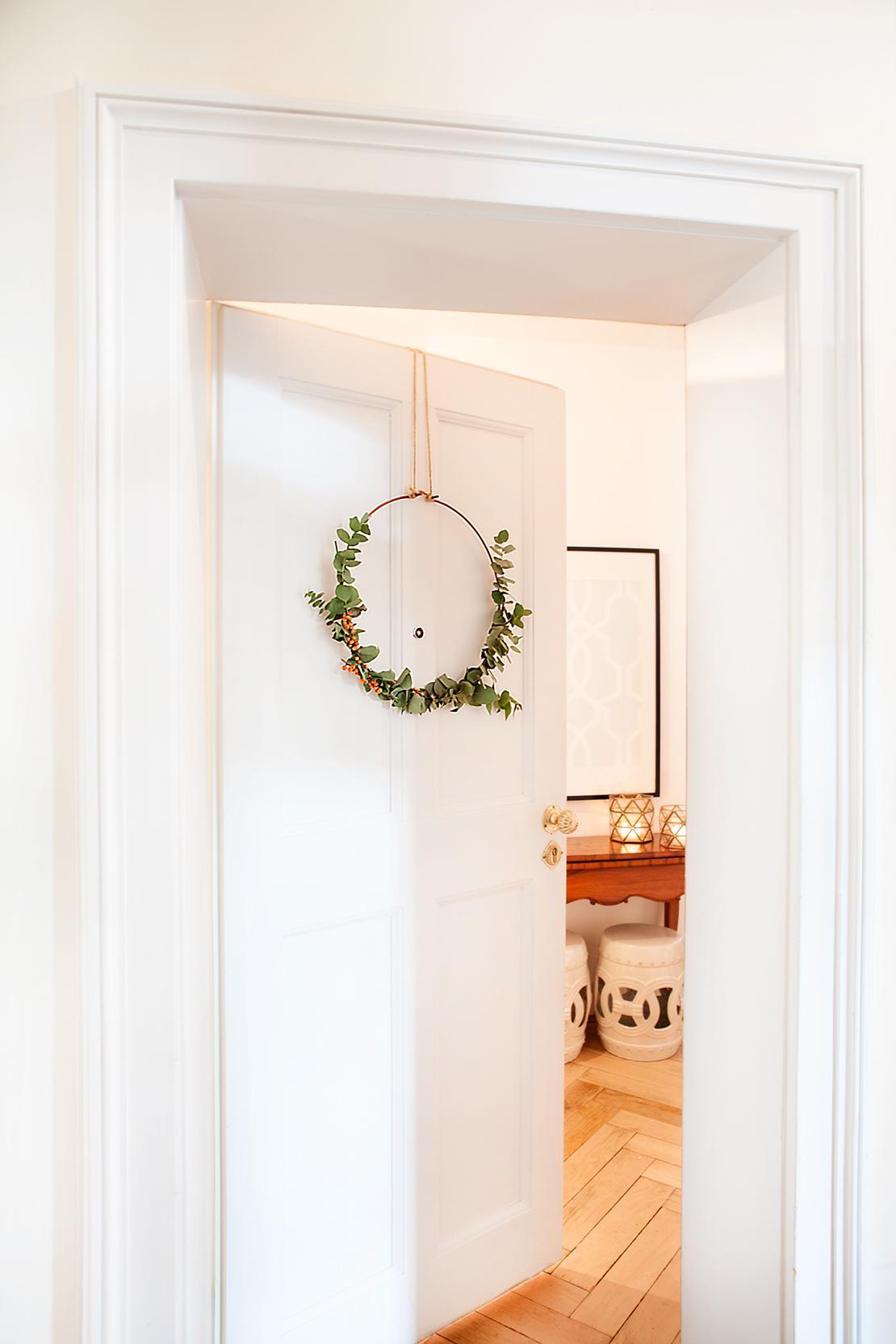 świąteczne ozdoby na drzwi