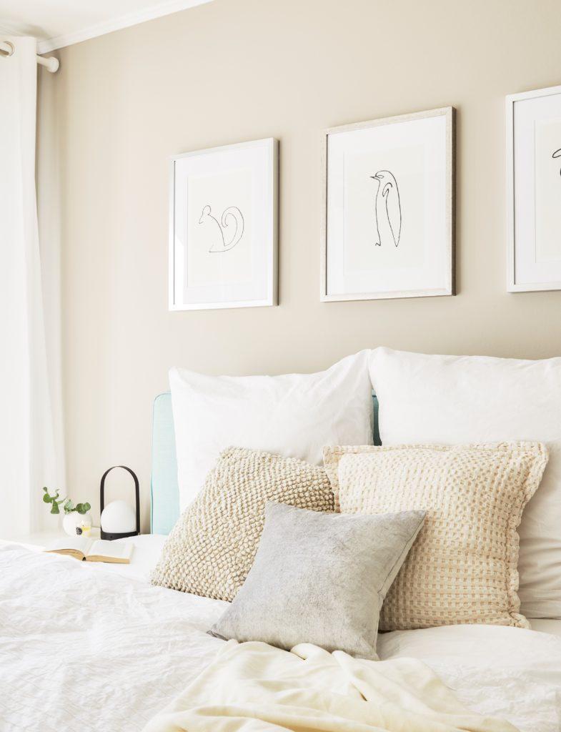 Sypialnia w kolorze szampańskim