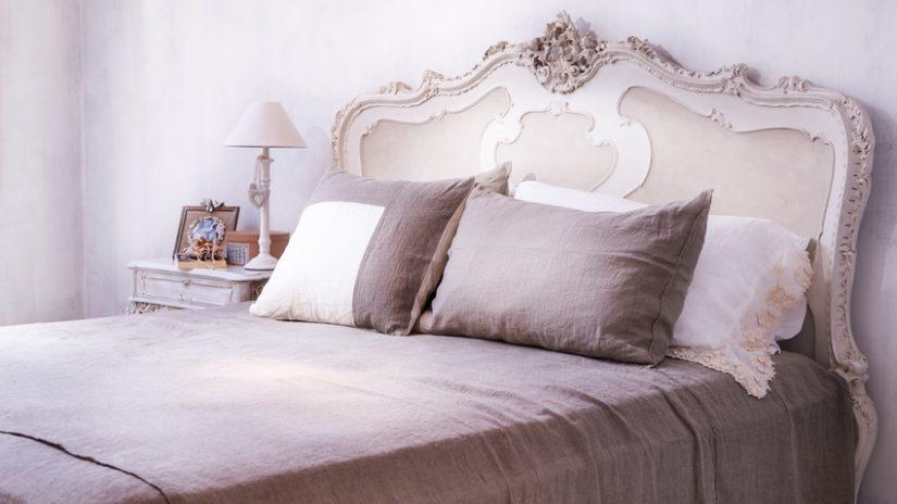 sypialnia w stylu prowansalskim