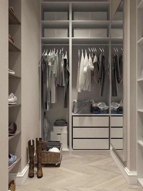organizzare armadio cabina