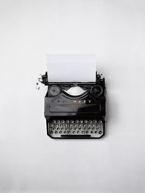 vaderdag gedicht schrijven met zwarte typemachine