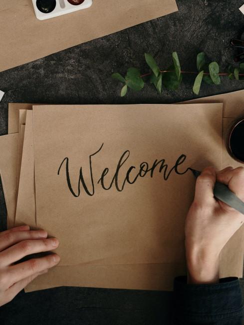 escribiendo welcome
