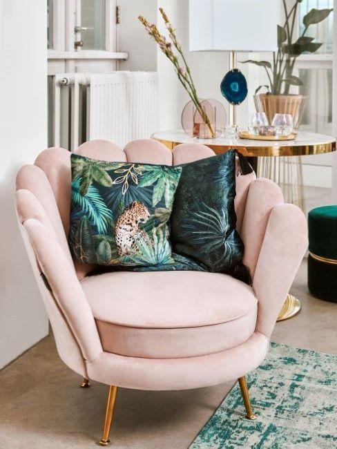 poltrona rosa antico con cuscini ottanio