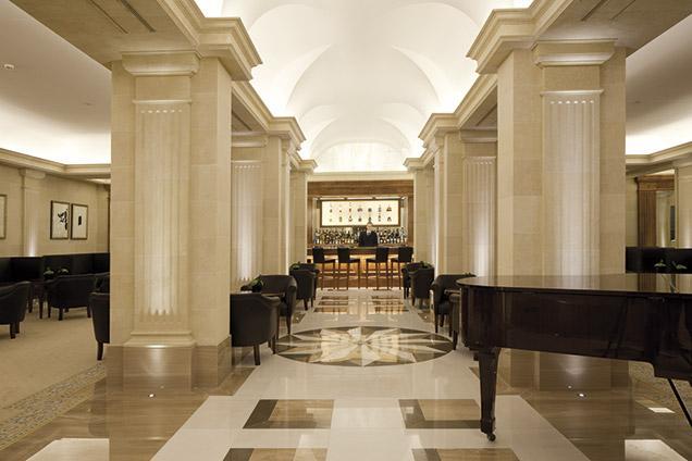 Antonio Obrador renueva el prestigioso hotel Majestic