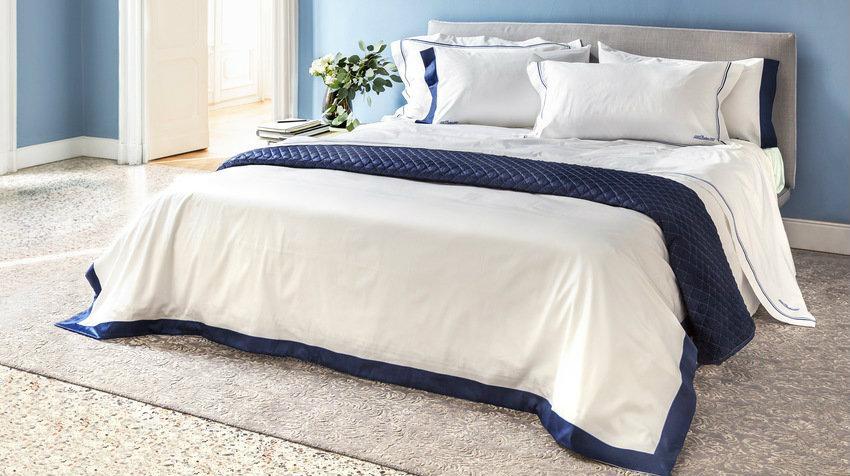 Čalouněná postel 120 × 200