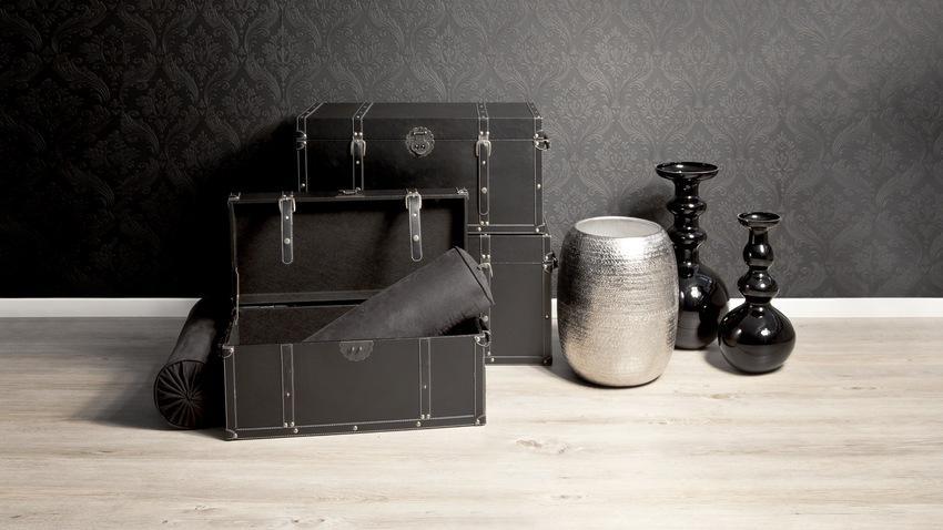 Stříbrná podlahová váza