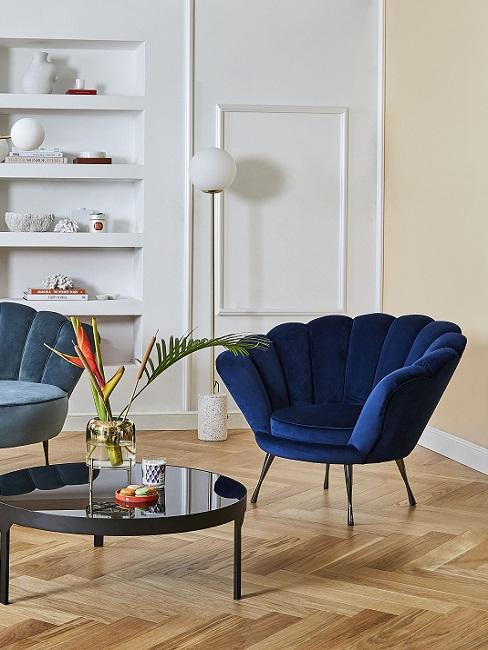 Classic Blue Pantone Trendfarbe Muschelsessel