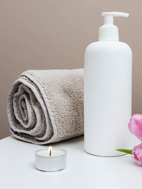 Beauty Tag Vorbereitungen Handtuch Lotion Kerze