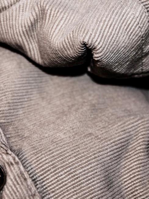 Zbliżenie na materiał sztruksowy