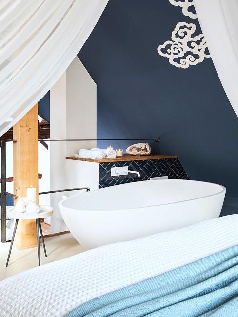 Designer Wohnbad mit freistehender Badewanne